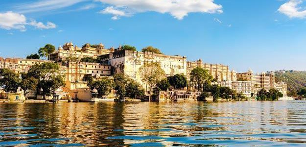 The Top 10 Travel Destinations India For Holiday and Honeymoon